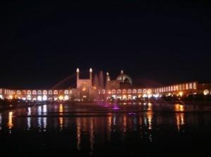 iran_mosque_water