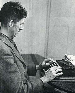 george-orwell-vintage-typewriter