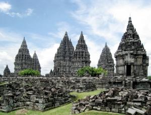 Prambanan_Complex_1